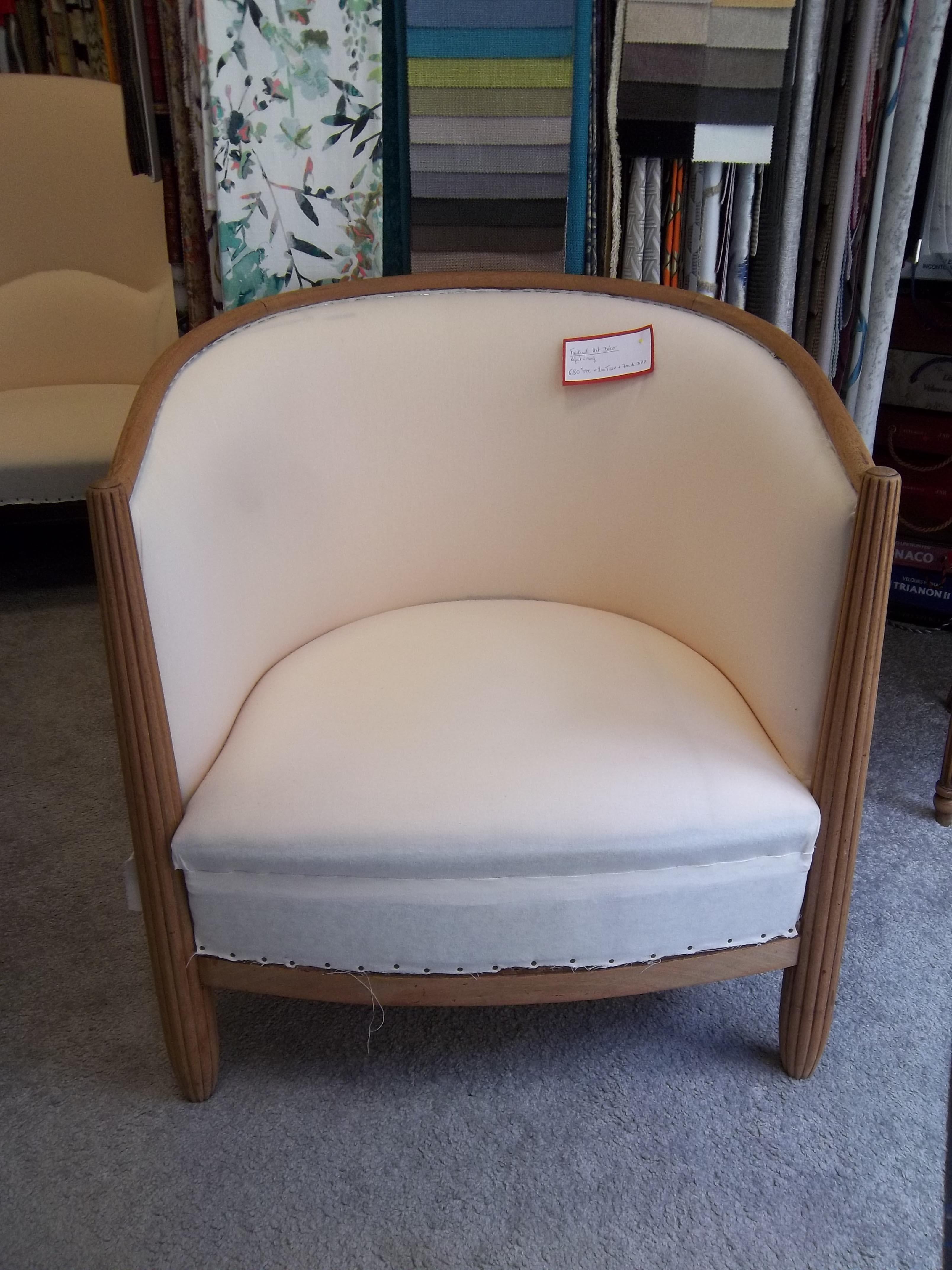 art d co tapissier sabrina. Black Bedroom Furniture Sets. Home Design Ideas